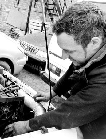 Lincoln Head Gasket Repair